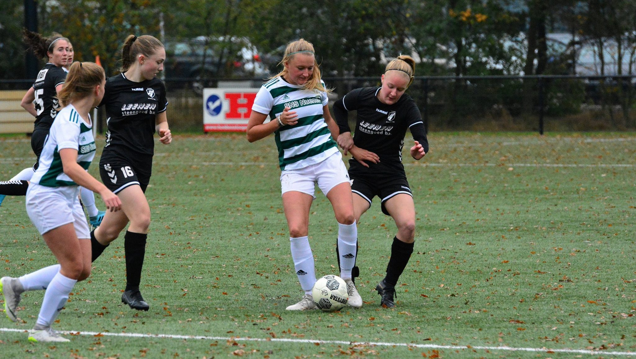 Someren/NWC wint in de slotfase de derby tegen RKSV Nuenen